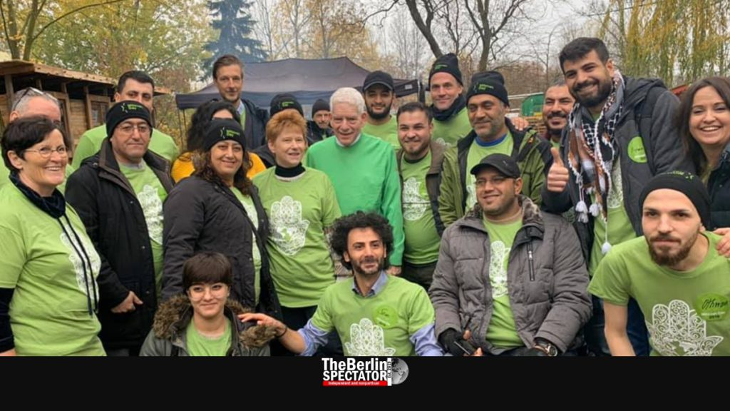Iraqi and Syrian Refugees Observe Mitzvah Day with German Jews