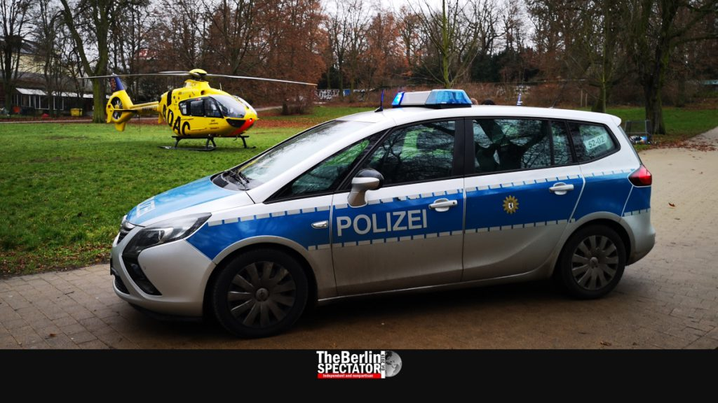Police are guarding 'Christoph 31' at Berlin's 'Hasenheide' park in early 2020