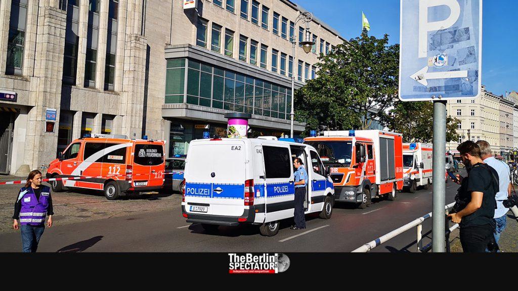 Berlin: Bank Robbery at 'Hermannplatz', Eleven Injured
