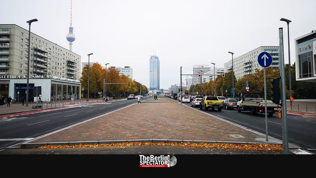Berlin's 'Karl Marx Allee': A Big Boulevard Shines in New Splendor